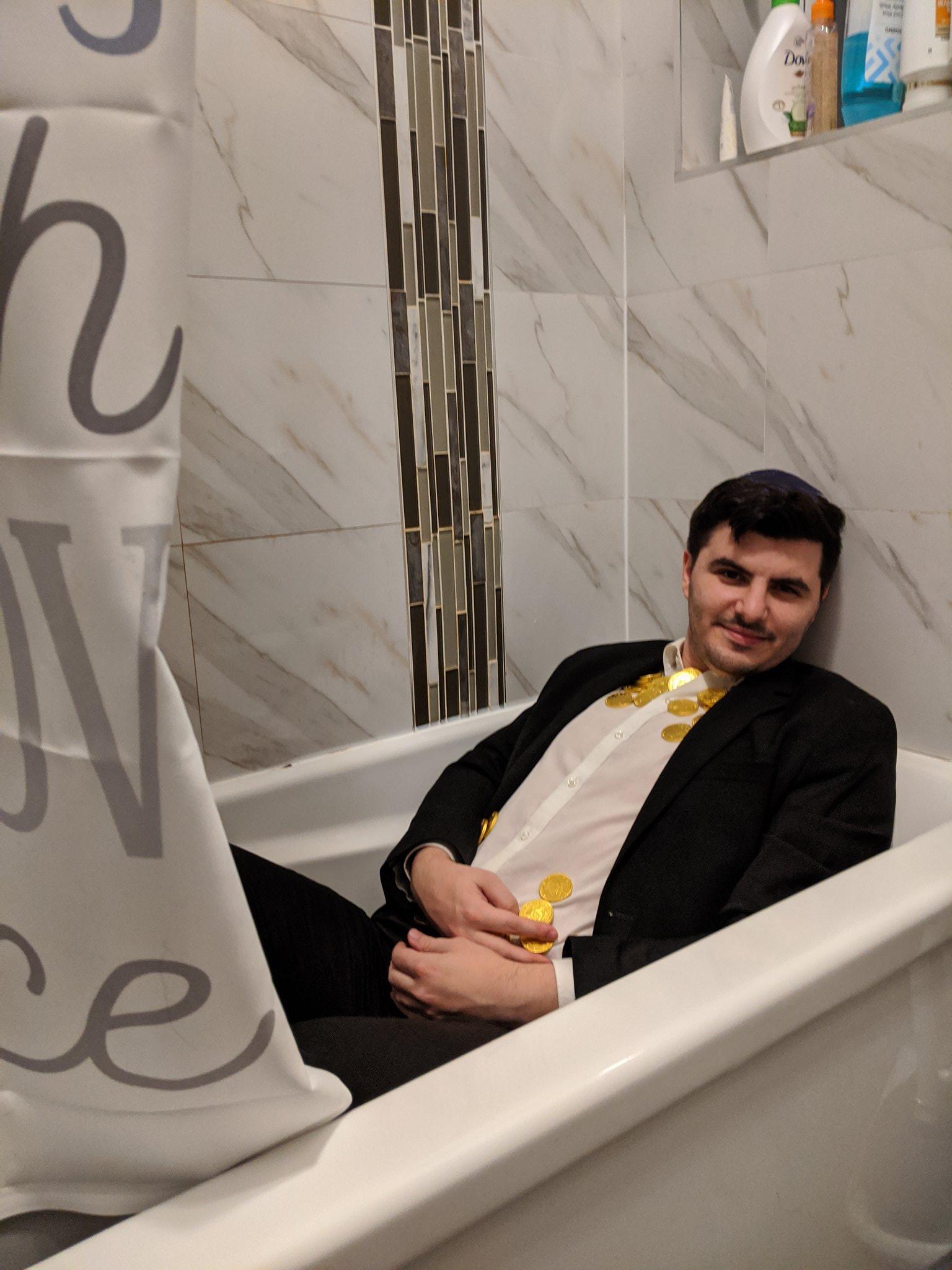 hanukkah seder bath tub